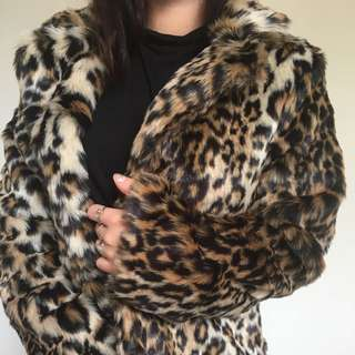 Faux Fur Vegan Leopard Print Fur Coat Jacket!