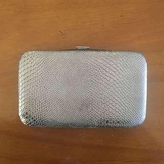 Colette pouch
