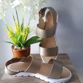 Vincci Size 38 / 7 + Diskon 21%
