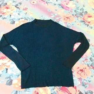 Sweater Navy Blue Size M Like New 1x Pake