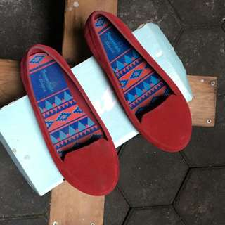 Bata Red Shoes Size 6
