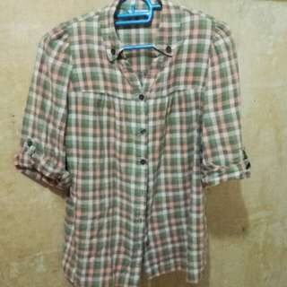 3/4 Checkered Blouse