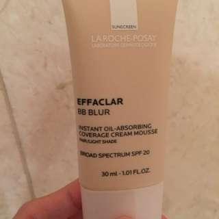 La Roche Posay Effaclar Blur Primer Sunscreen