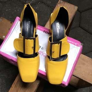 Import Shoes Size 38