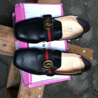 Import Shoes Gucci look a like Size 38