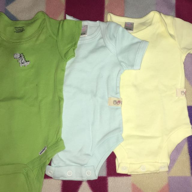 Take All !! 3pcs branded Clothes (onesies) For Baby Boy 👶🏼