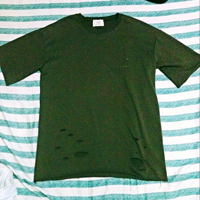 職人穿搭 墨綠落肩 五分袖 下襬破壞 胸口縫補