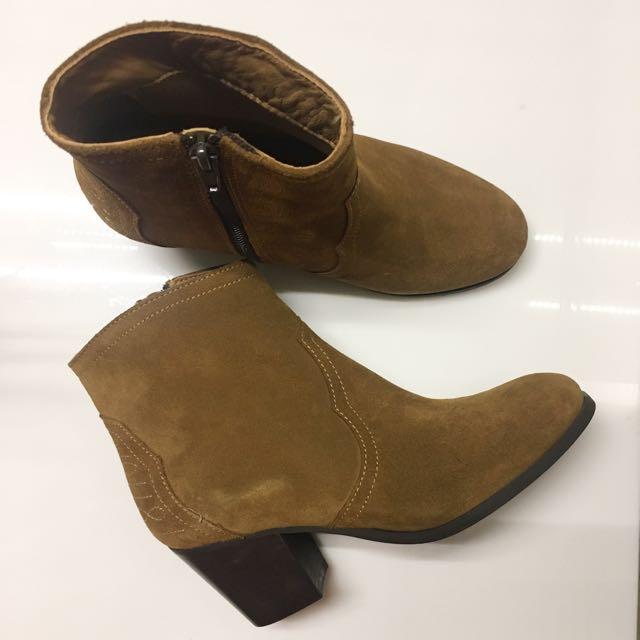 André Camel Boots