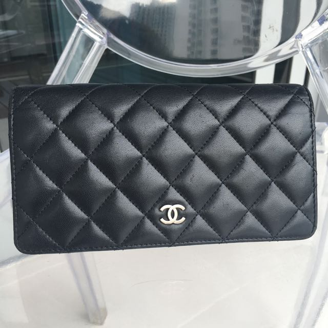 Authentic Chanel Wallet Women Wallet Clutch Ysl Saint Laurent Hermes Chanel Chloe Dior Balenciaga Valentino Lv Luxury Bags Wallets On Carousell