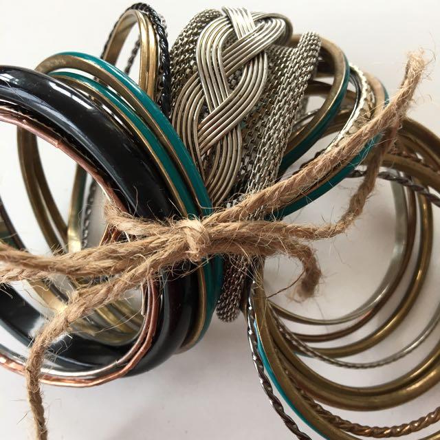 🤗 Bangle Bracelet Set