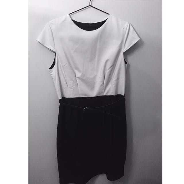 Black and White Mango Suit Dress XL with Belt