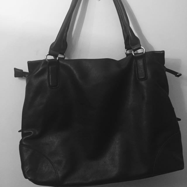 Black Mango Touch Shoulder Bag