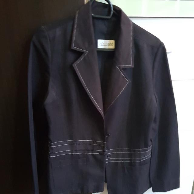 Blazer Black By JOHN RODEL