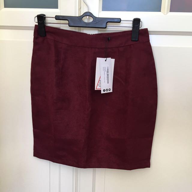 Boohoo Maroon Skirt