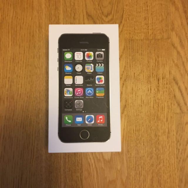iPhone 5S - Unlocked. Gently Used.