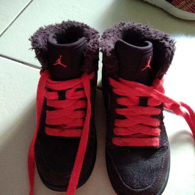 Jordan 1 Fur Size11 Kids