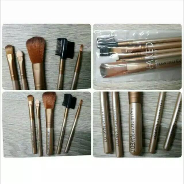 Kuas Make Up