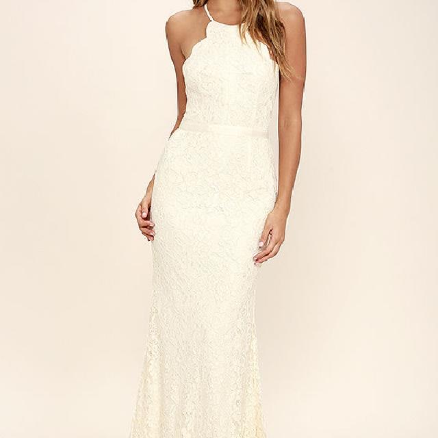 Lulus - Cream lace maxi dress