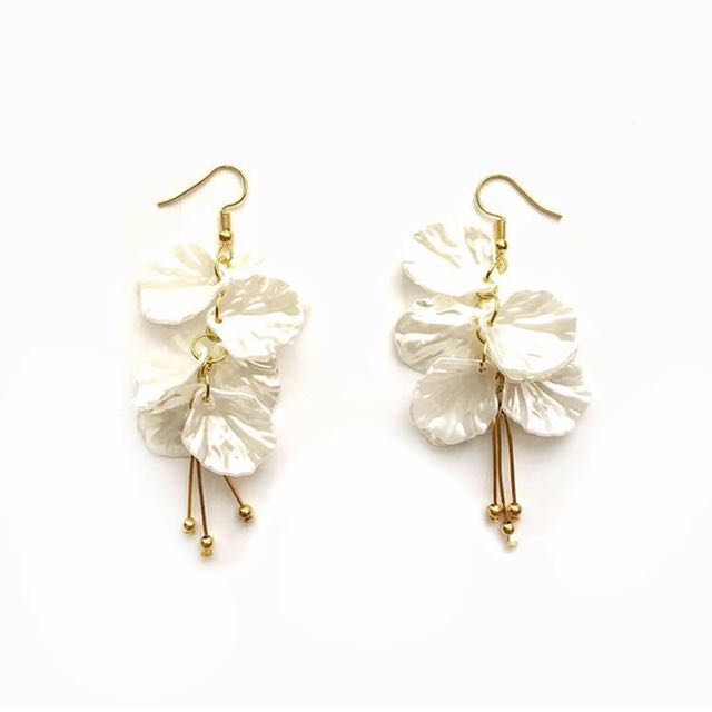 MDS Singapore Earrings