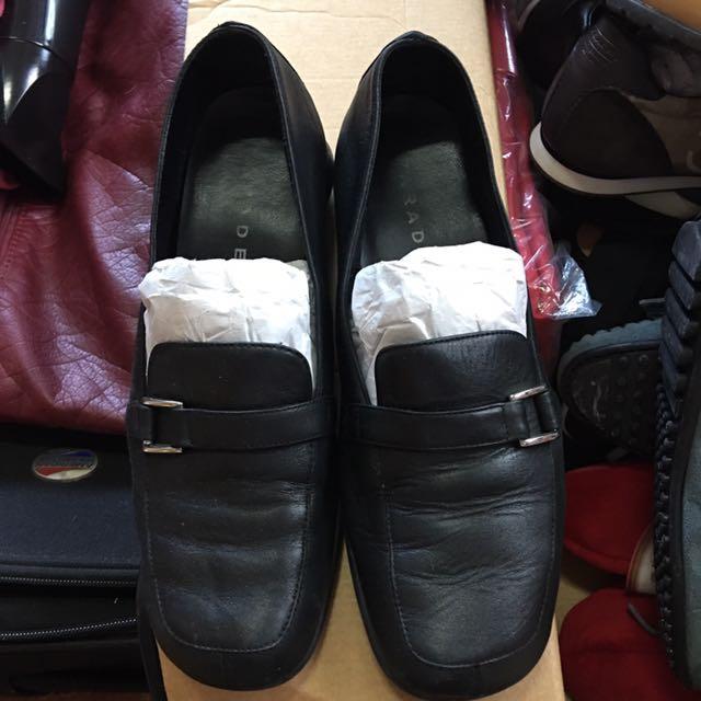 Parade Black Shoes