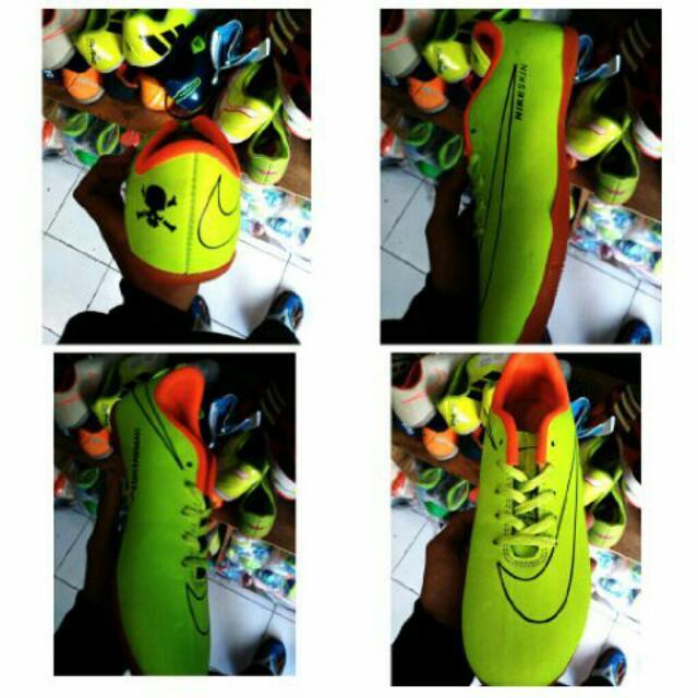 Sepatu Futsal Nike Anak
