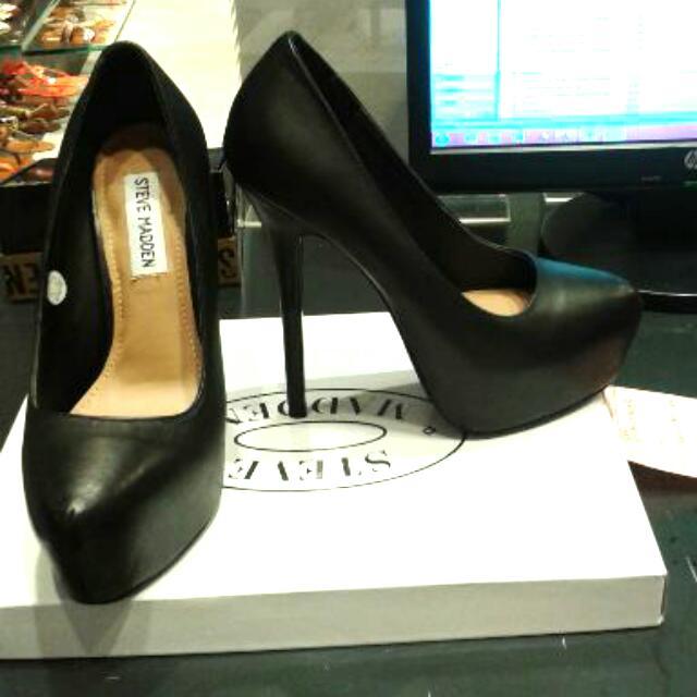 f61bff294f7 Steve Madden High Heels Branded