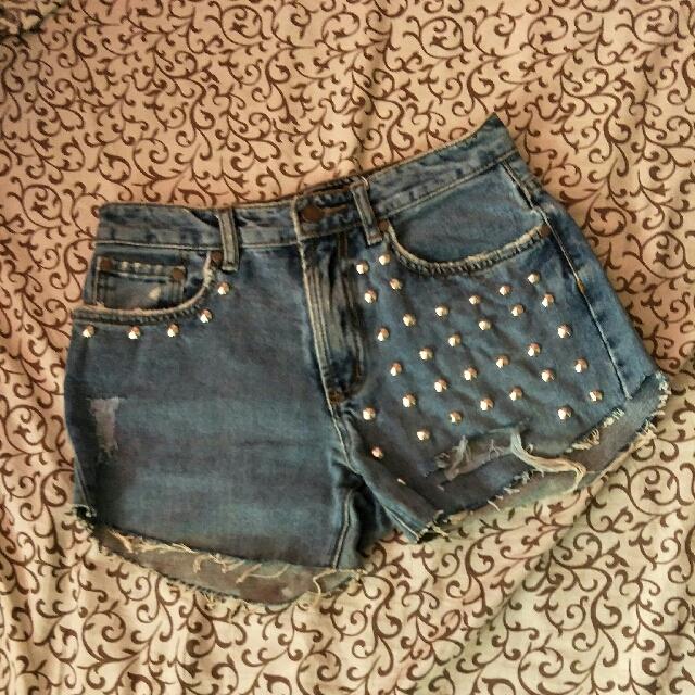 Highwaist Studded Denim Jeans