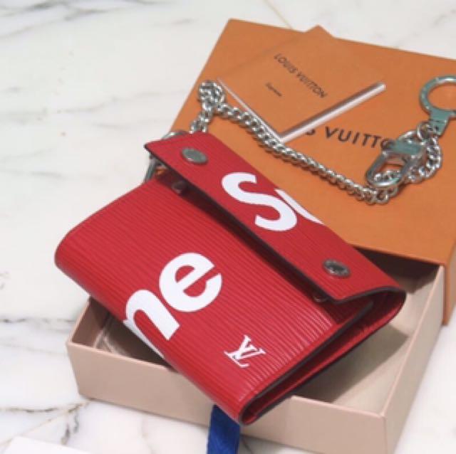 Supreme X Louis Vuitton Supreme LV Chain Wallet $2100, Men's