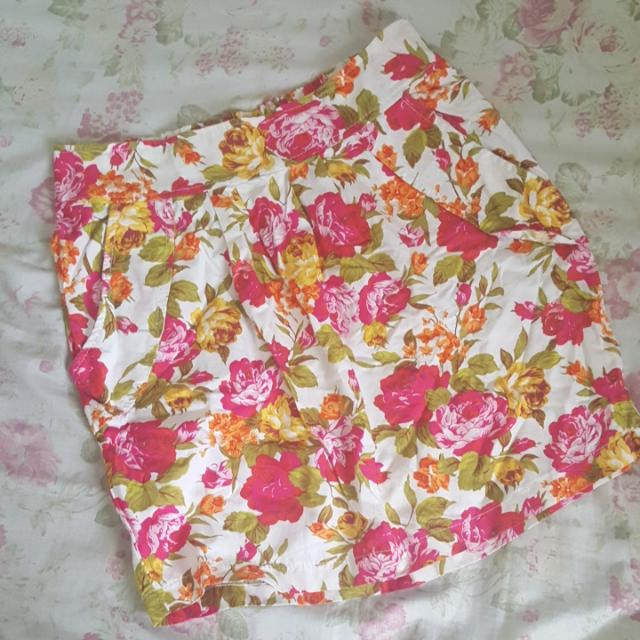 Tapered Floral Skirt