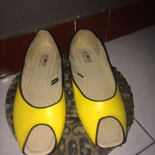 Yellow Flatshoes