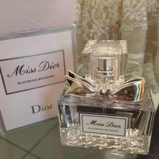 Christian Dior迪奧 花漾迪奧淡香水(30ml)
