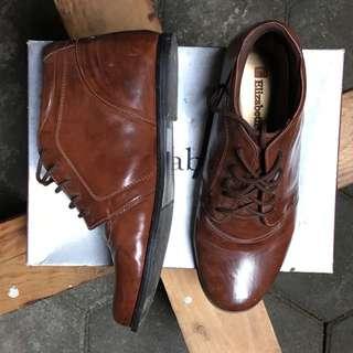 Elizabeth Boot Size 38