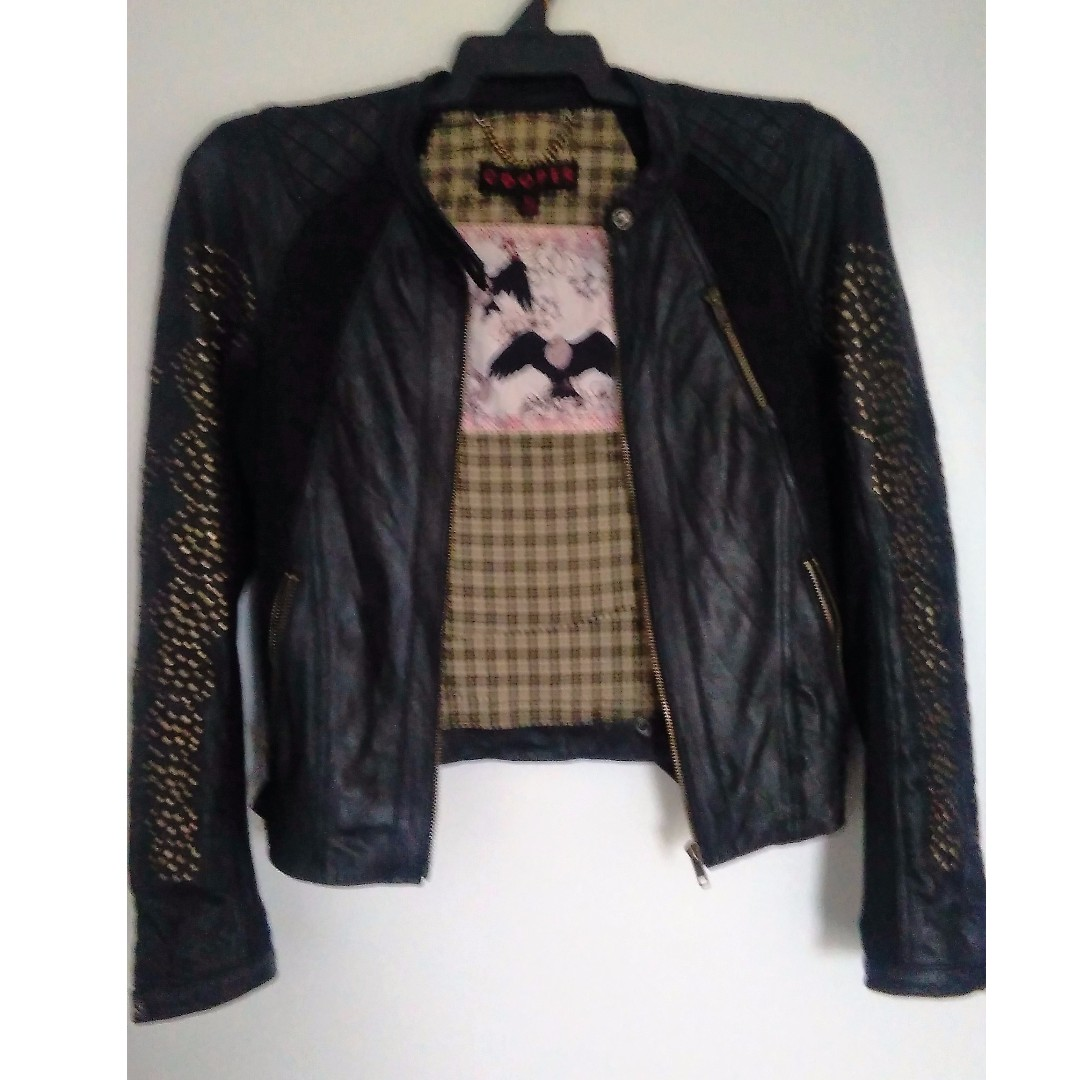 10/12 -   TRELISE COOPER LEATHER JACKET