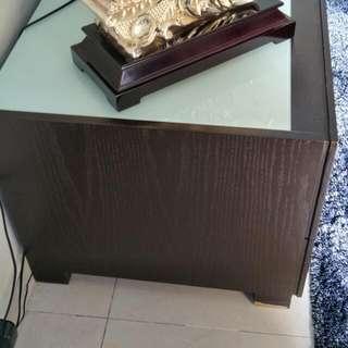 Table ROZEL