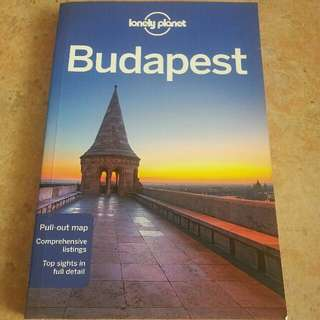 Lonely Planet Budapest (Travel Guide) byLonely Planet Paperback