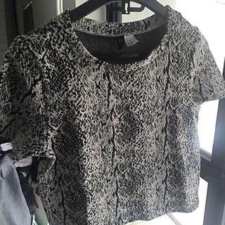 H&M Crop Tshirt