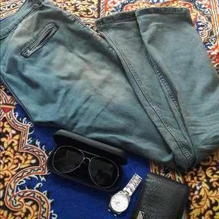 ada jeans grey brownish