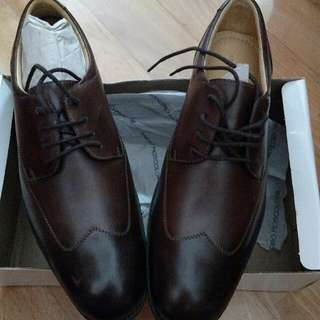 Sandro Moscoloni Brogue Lace Up US9D
