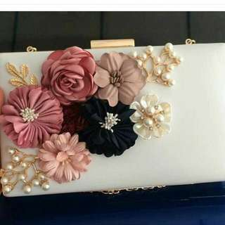 MARKDOWN Clutch (floral)