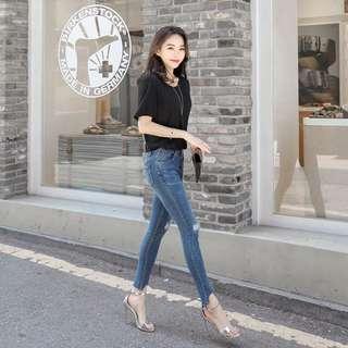 💌VIP優惠價💰1130👖褲管特殊刷破設計深藍牛仔褲
