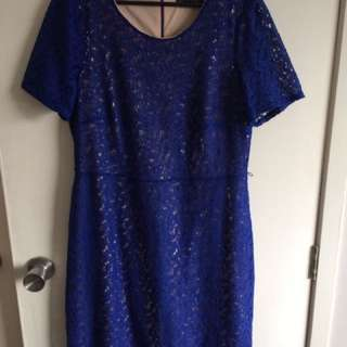 Formal Blue Size 14 Dress