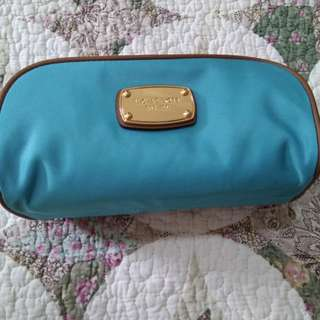 475ab65795af Michael Kors Abbey Med Travel Canvas Cosmetic Case Bag.
