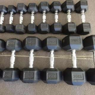 dumbbell hex rubber chrome handle 3-20kg set (7 pairs)