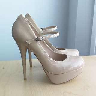 Steve Madden Cougar Heels