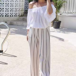 (1 SET) Shabrina White Top & Stripes Pants