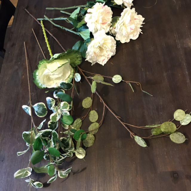 8 x Stems High Quality Artificial Flowers (fake, faux)