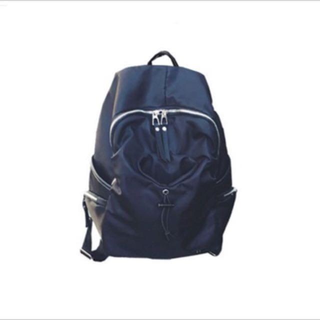 大容量功能性後背包