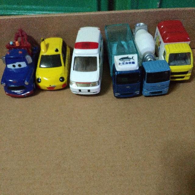 玩具車,鐵製,一台50元 保存良好