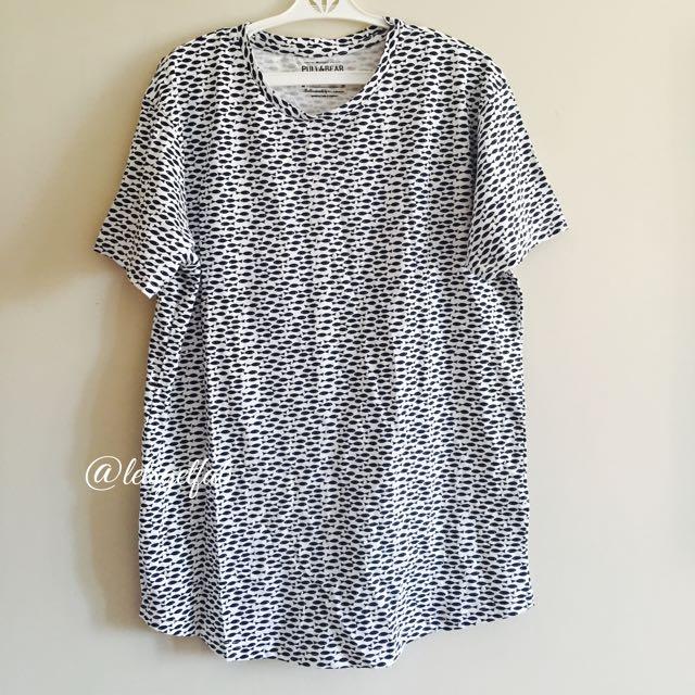 22e7564ffced3 🌸 Pull   Bear Mens Unisex White Fish Printed tshirt Overruns, Men s  Fashion, Clothes on Carousell