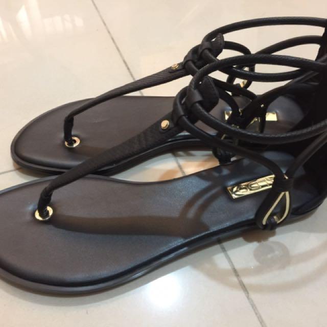 ALDO 黑色T型平底涼鞋 全新 37號
